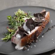 Lard rôti croustillant à la truffe noire