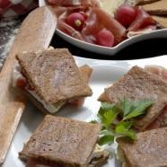 Croque du Pays gallo au Coulommiers et jambon d'Aoste