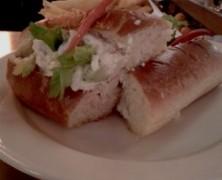 Le Hot Dog « Chic » de la brasserie Le Valois
