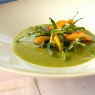 Un plat pour l'été – Soupe rafraîchie de courgettes de notre jardin, caillé de chèvre