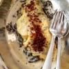 Omelette à l'oseille, parmesan, crème