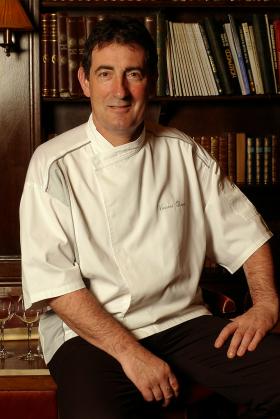 VILLA CORSE Vincent Deyres Chef 280x419