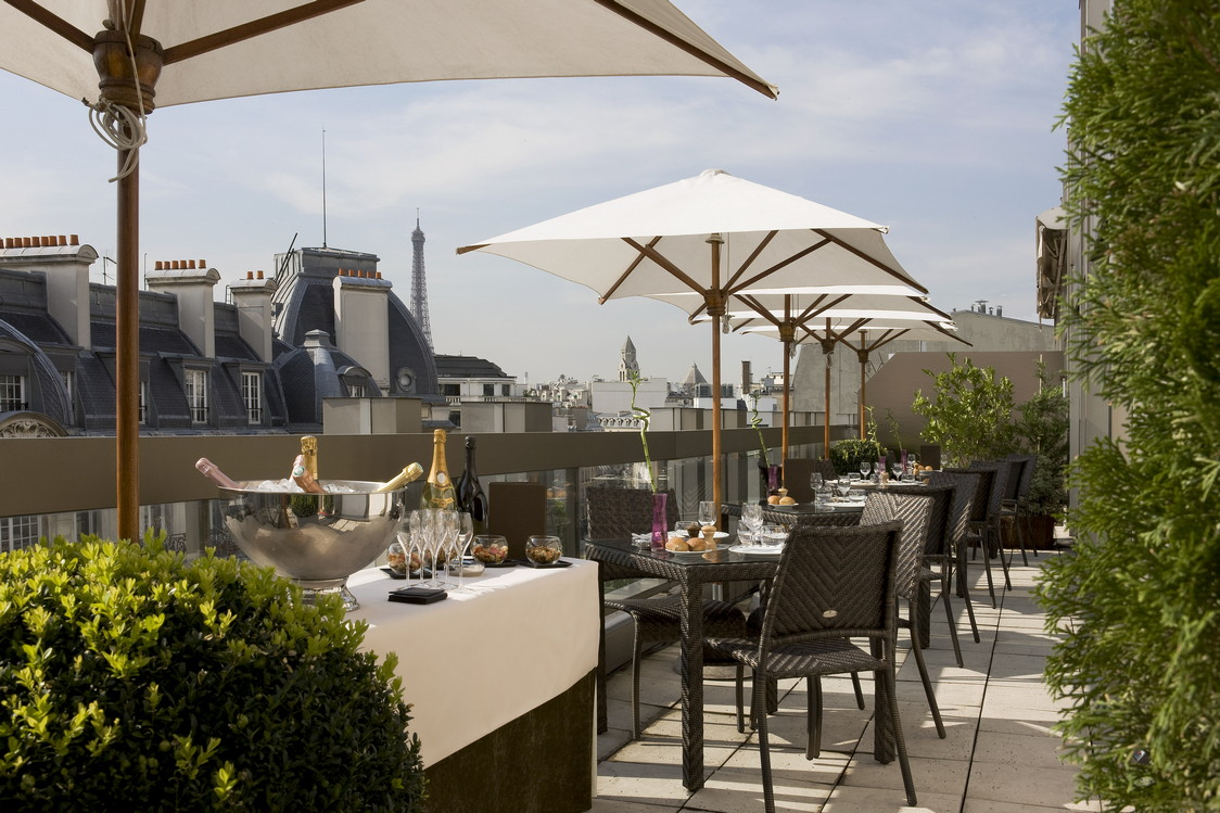 Terrasses de rentr e gourmets co for Piscine 75008