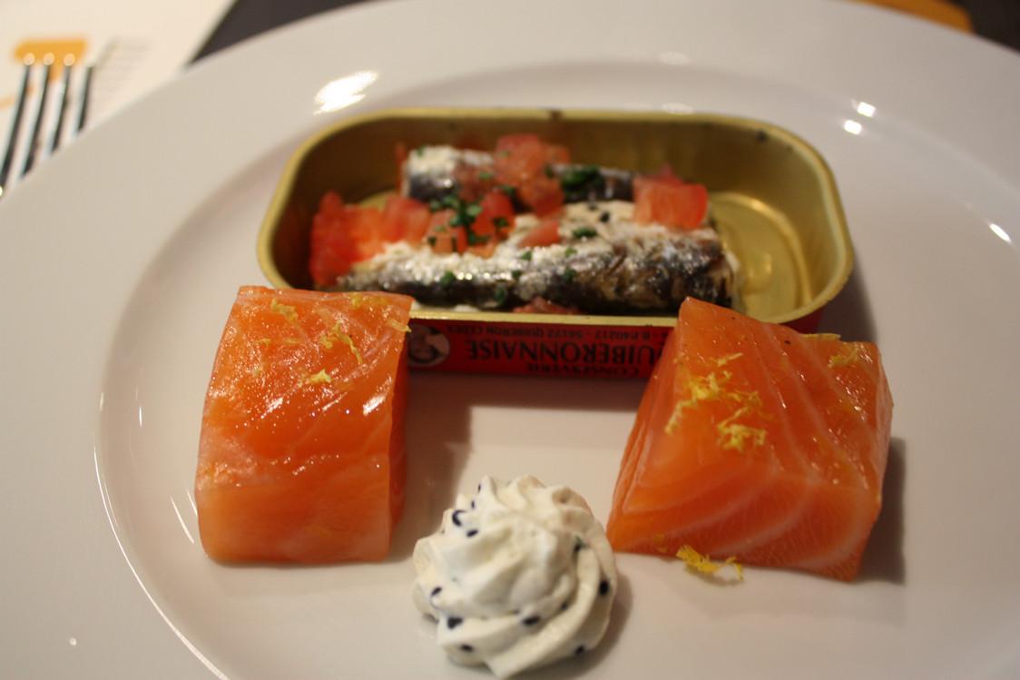 Saumon mariné et sardines  à la crème aigre © P.Faus