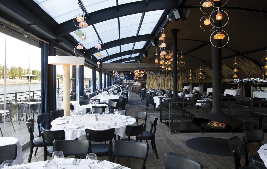 restaurant sur la seine