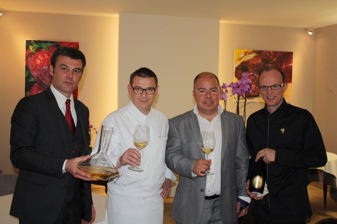Champagne G.H.Mumm - Le chef et le staff  de Mumm