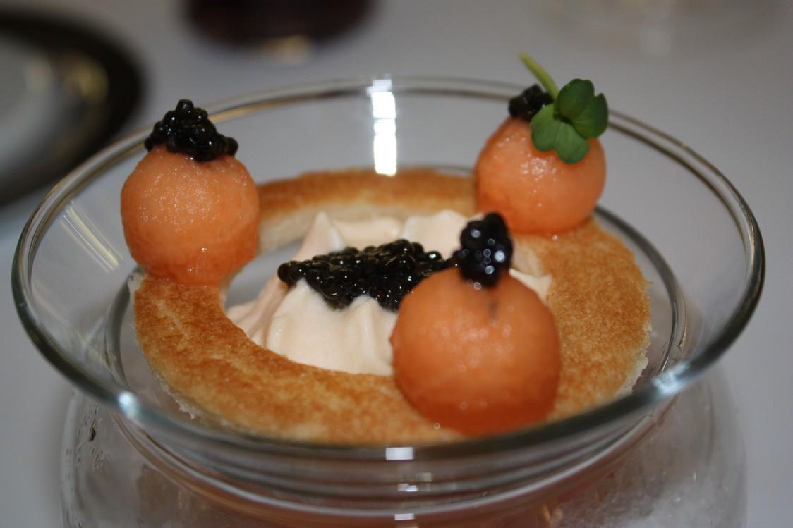 Champagne G.H.Mumm - Perles de caviar d'Aquitaine, melon sur glace