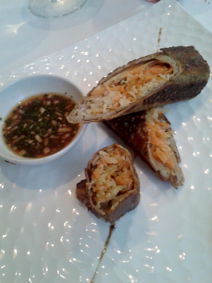 Jarasse - Chait  de tourteau décortiquée, galette  de blé noir,  sauce soja
