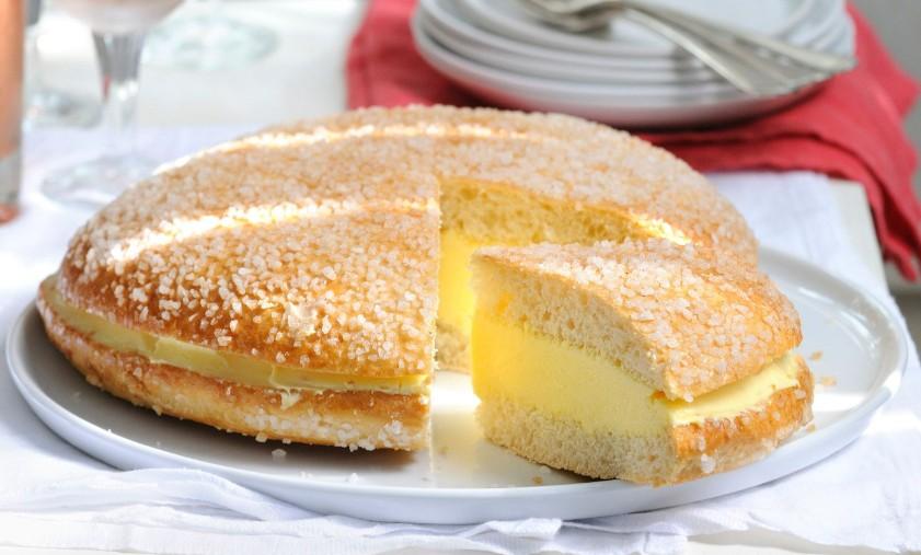 Village Bakery Creme Cake