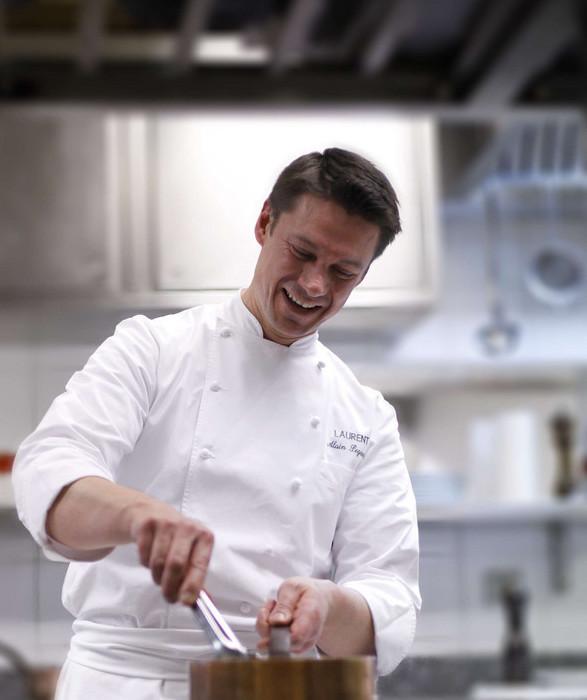 Alain Pégouret en Cuisine©David Grimbert-Les Ateliers Apicius
