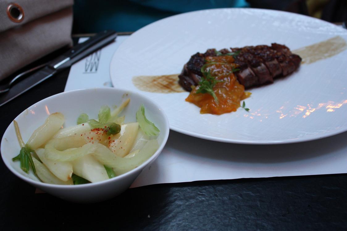 Restaurant Manger - Canette laquée aux épices, chutney de kumquat