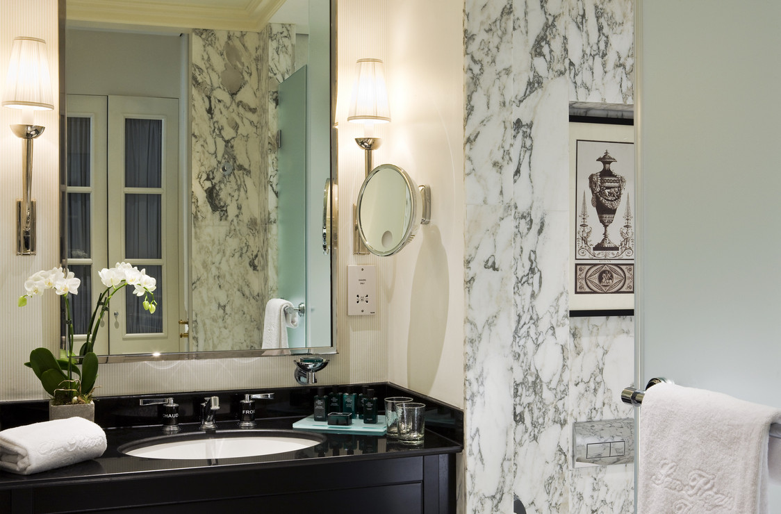 19. SR Salle de bains Chambre Classique