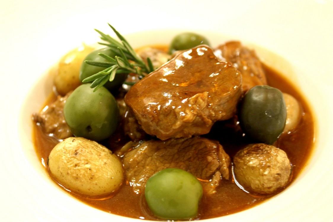 Stufatu de veau aux olives