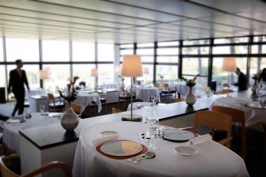 Hotel STJ Salle pano 9-Droits Patrick Loubet - copie