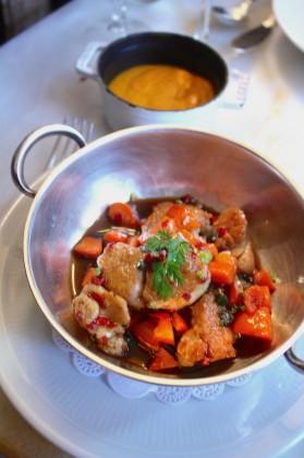 Ris de veau en fricassée, condiments, purée de carottes au curcuma