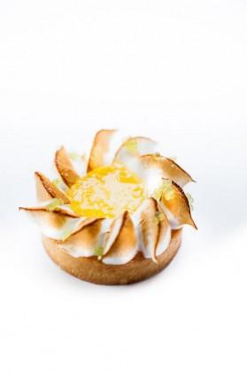 Benoît - Tartelette citron, pâte sablée , marmelade et crème citron, meringue, citron caviar ®pierremonetta