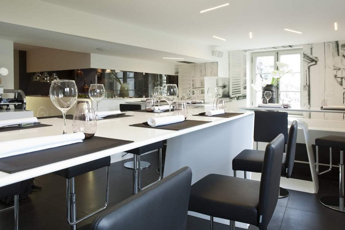 cuisine design strasbourg pr l vement d 39 chantillons et une bonne id e de. Black Bedroom Furniture Sets. Home Design Ideas