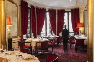 Chez Ly - Salle du restaurant 01