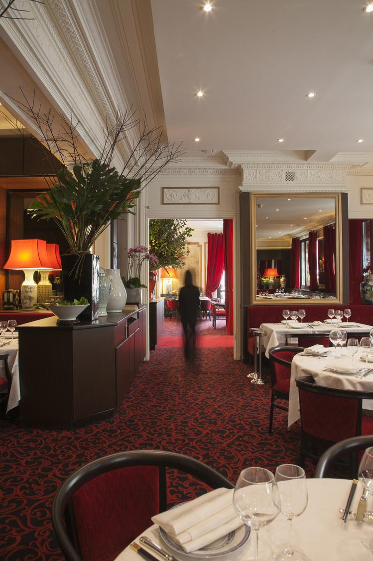 Chez Ly - Salle du restaurant 02