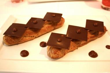 Eclairs chocolat © P.Faus