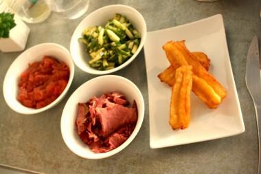 Privé de dessert - Churros, pastrami, compote pomme_rhubarbe ©P.Faus