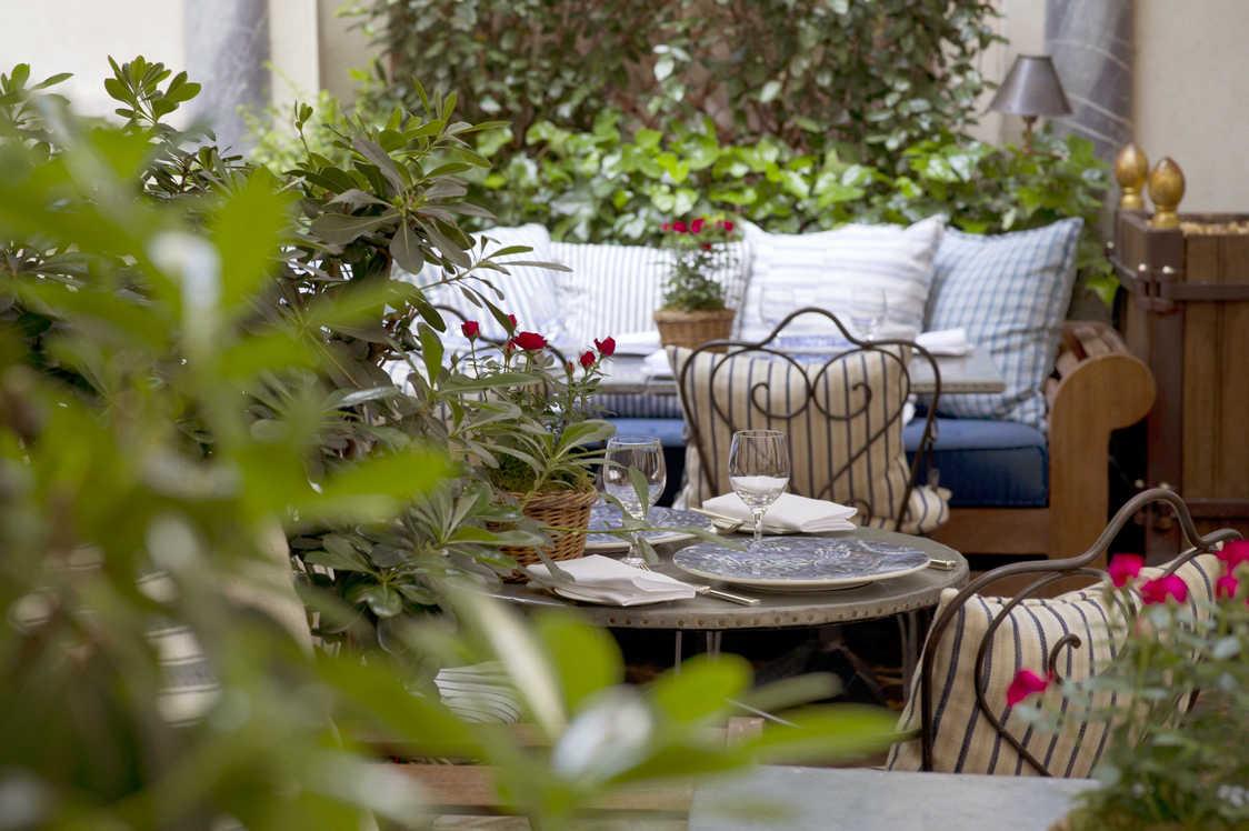 Ralph's - Table en terrasse