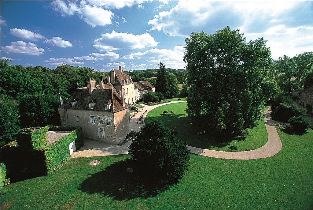 Le Chateau de Vault de Lugny