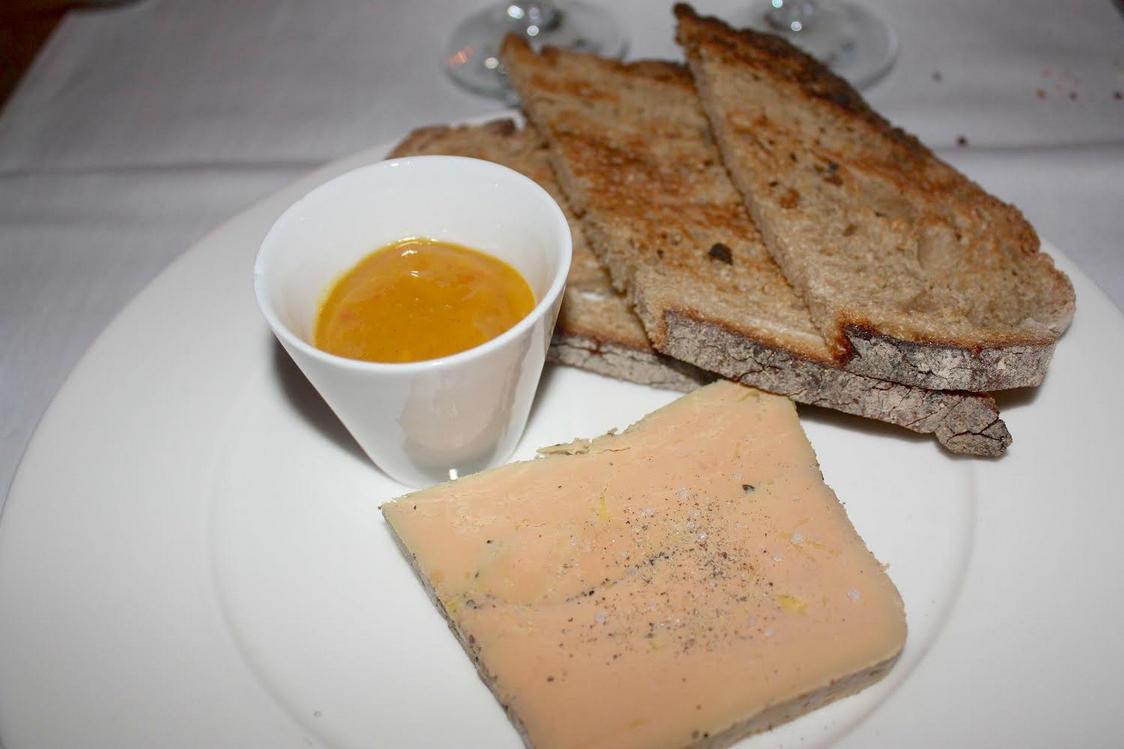 Foie gras de canard et pain Poilâne grillé
