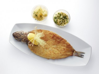 Merlan Colbert, sauce tartare, pommes vapeur