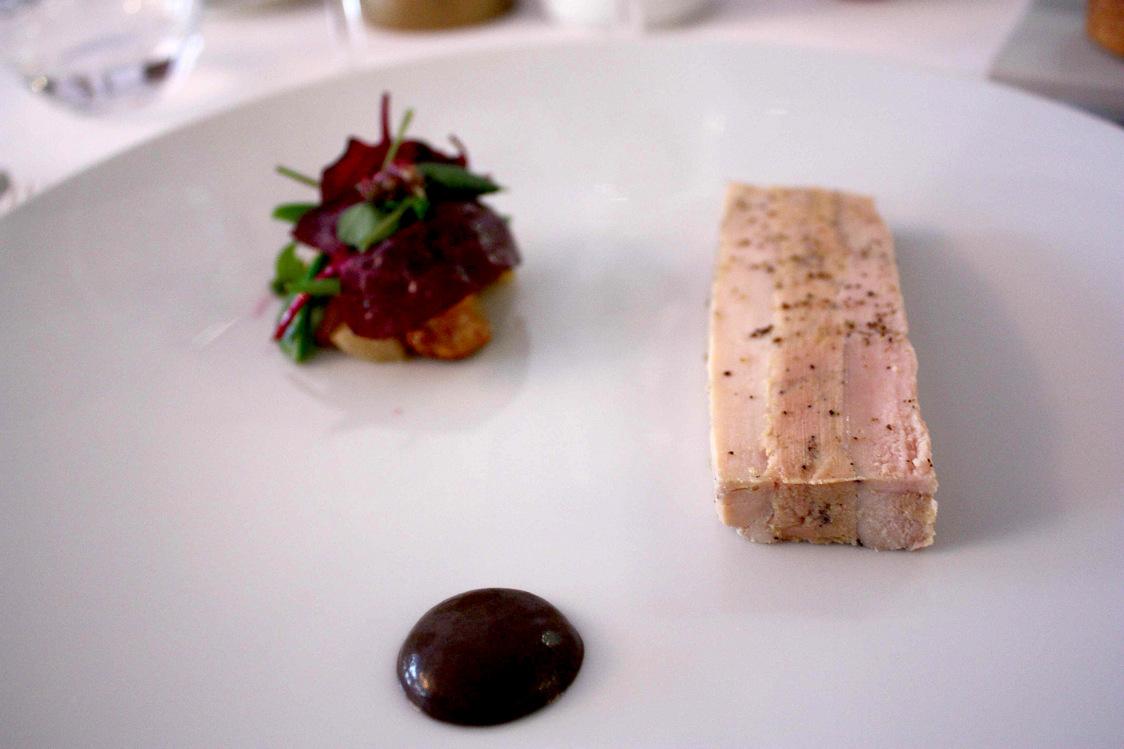 Pressé de volaile, foie gras, cèpes, girolles © P.Faus