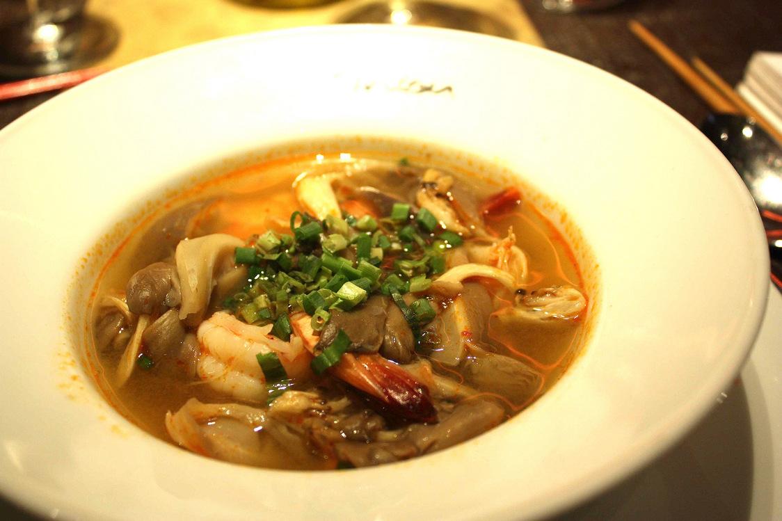 Soupe de crevettes à la citronnelle © P.Faus  - copie