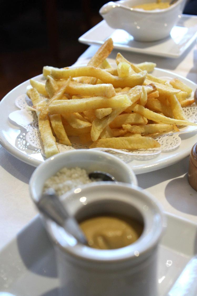 frites et sauces © Gourmets&Co - copie