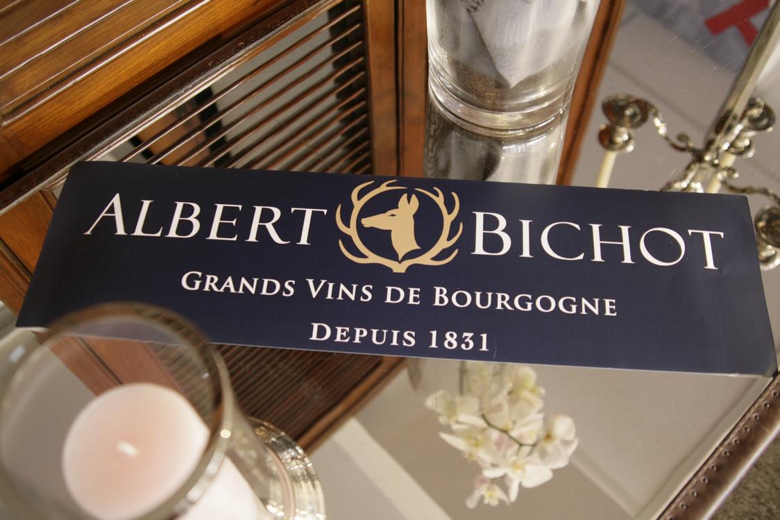 Albert-Bichot-dans-la-loge-Total