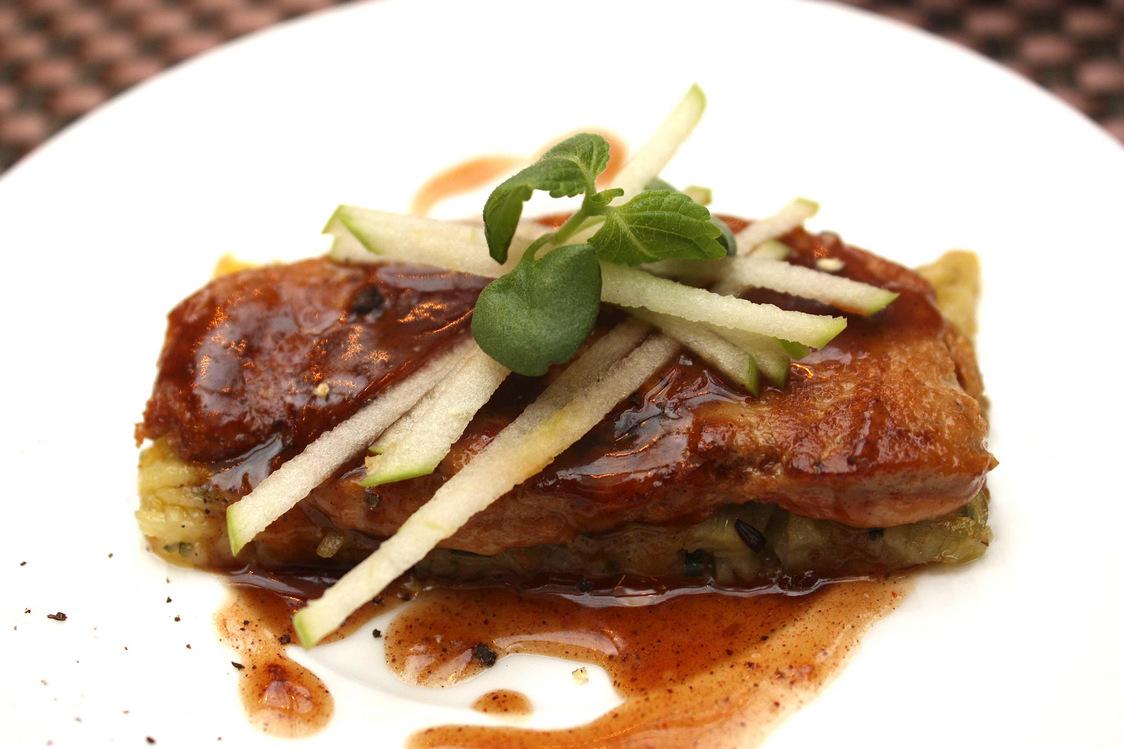 Foie gras poêlé, pommes © P.Faus  - copie