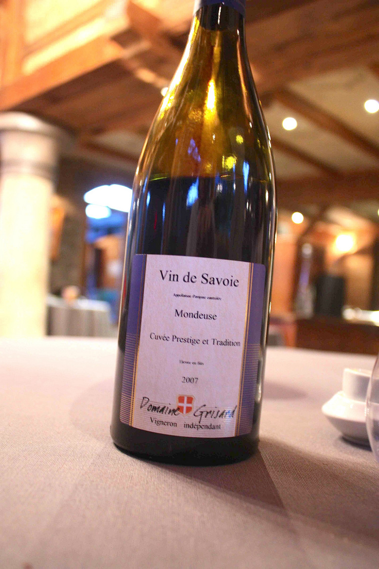 Des vins de savoie la table de la bouitte gourmets co - La table de savoie et la table de bretagne ...