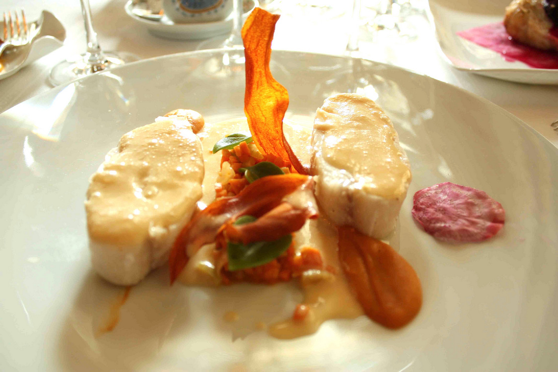 Barbue pôchée, patae douce et fenouil… © P.Faus