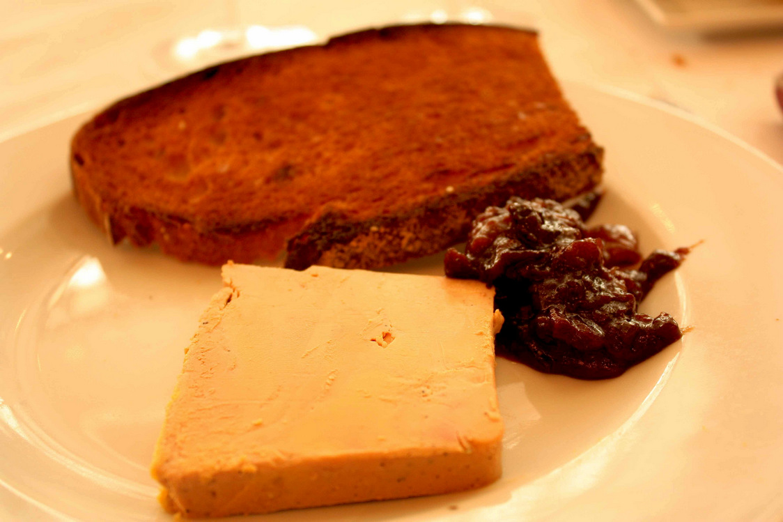 Foie gras de Canard au naturel, marmelade de fruits secs  P.Faus  - copie