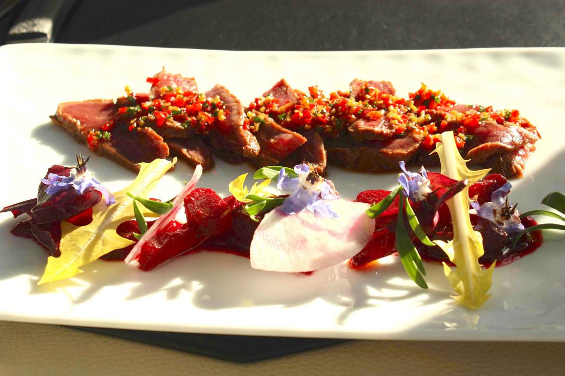 Bœuf mariné au soja, betteraves cuites et crues © P.Faus