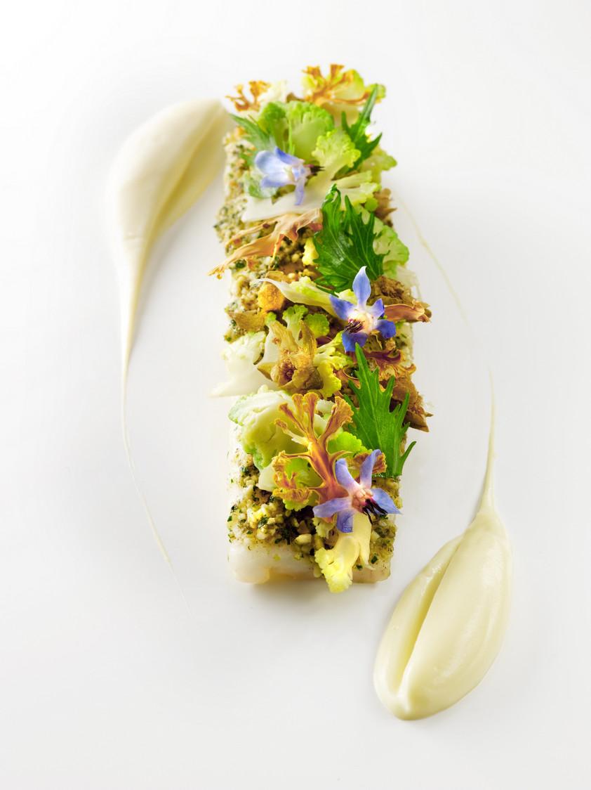 Sole de petit bateau, chou fleur @Claude PRIGENT Grand Hotel de Bordeaux