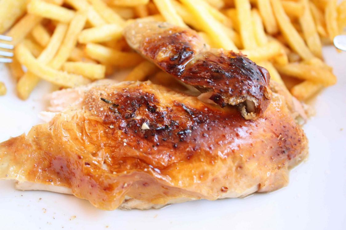 Le poulet r ti nos meilleures adresses gourmets co - Dessin de poulet roti ...