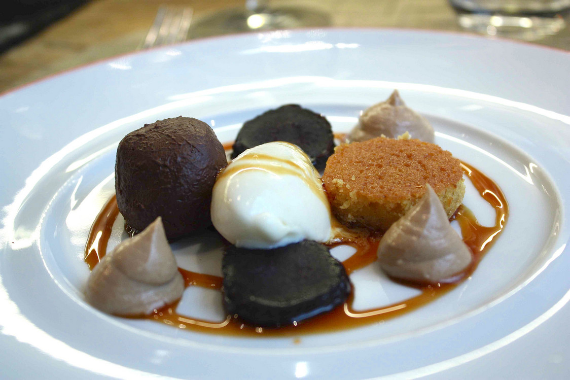 Chocolat, glace gingembre, carrot cake…© P.Faus