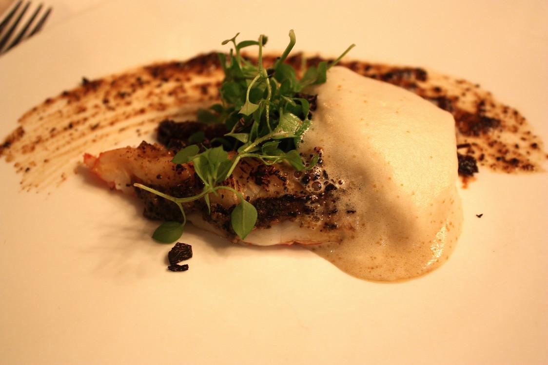 Langouste, céleri, sauce homardine, © P.Faus