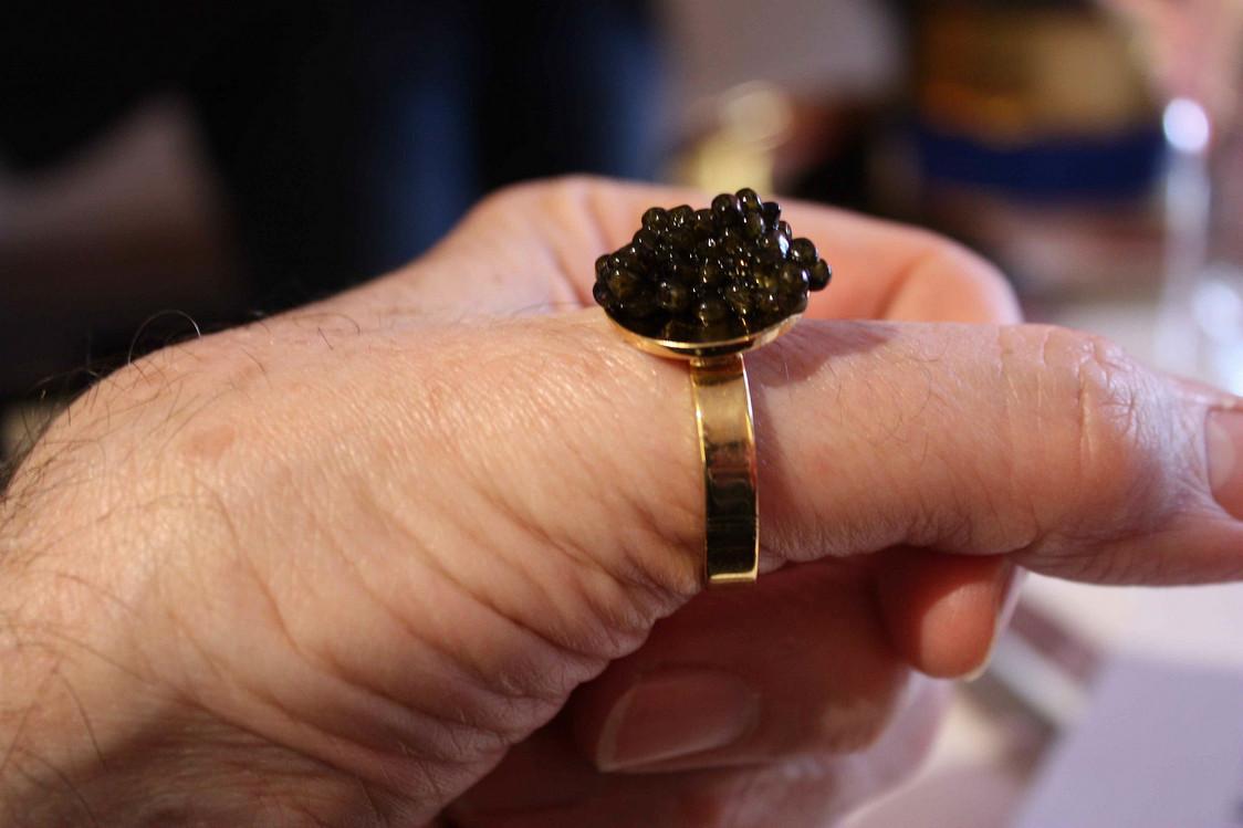 Caviar sur le pouce… © P.Faus