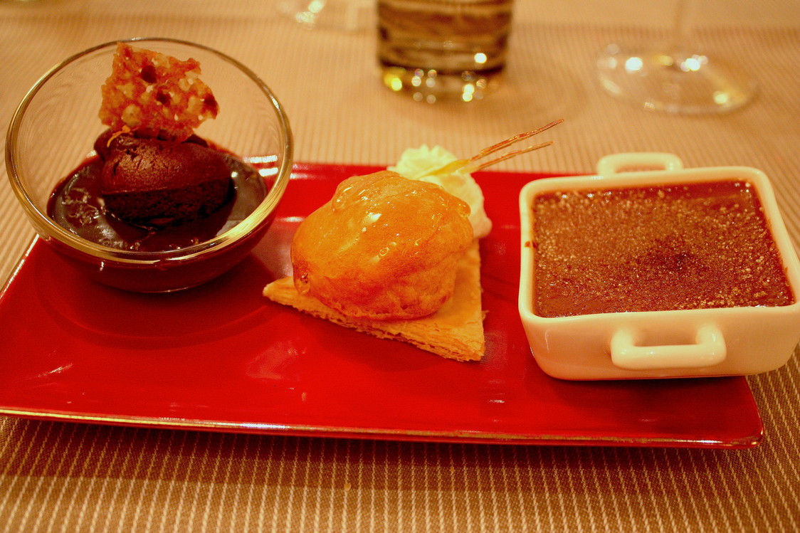 Assortiment de desserts © P.Faus