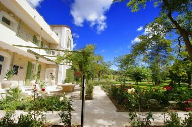 chateau-hospitalet-hotel-chambres-vue-parc - copie