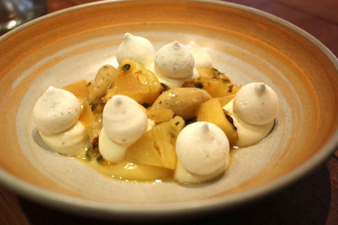 Mangue, grenade, cacahuète © P.Faus