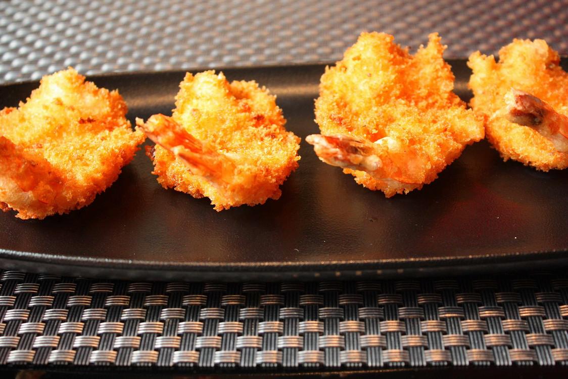 Beignets aux crevettes © P.Faus