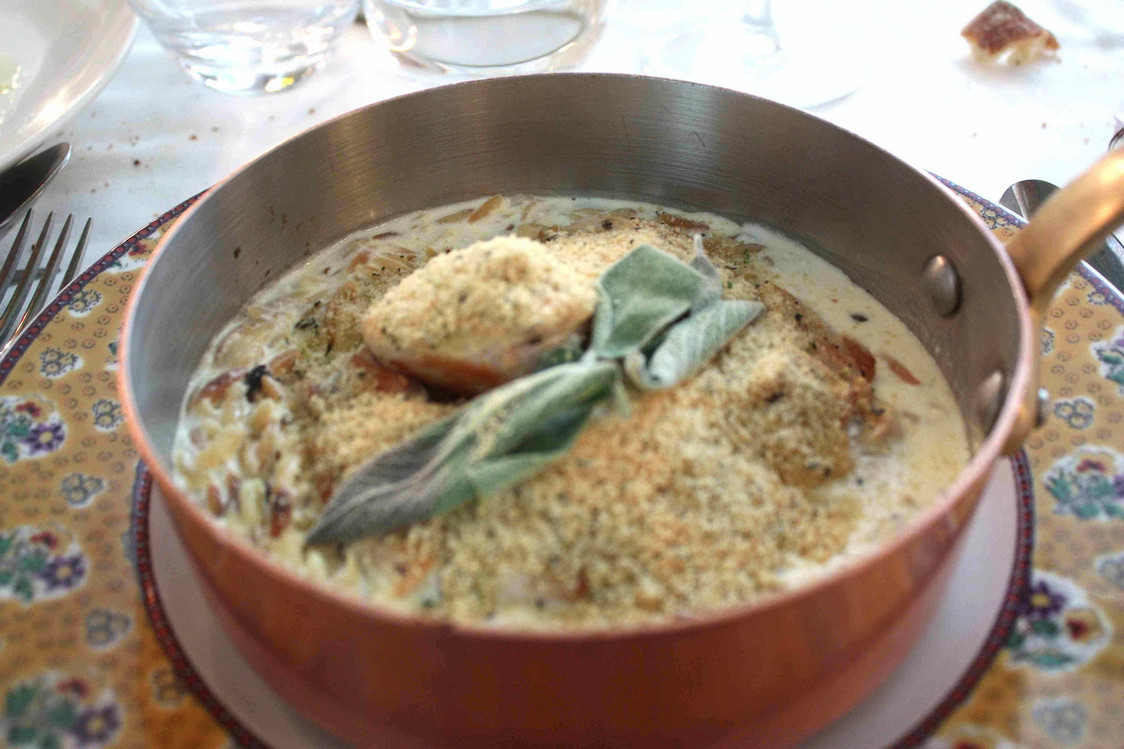 Escalopines de poulet, risotto de puntalete. © P.Faus  JPG - copie 2