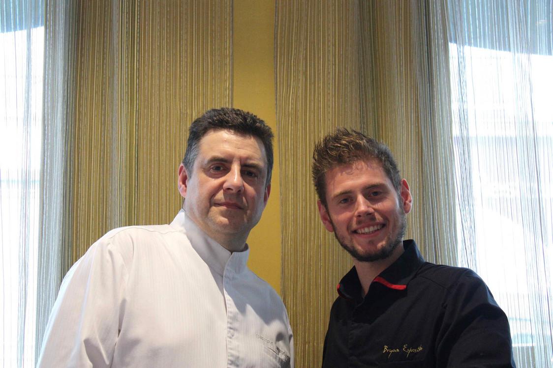 Le chef Christophe Moisand et le chef pâtissier Bryan Esposito © P.Faus   - copie
