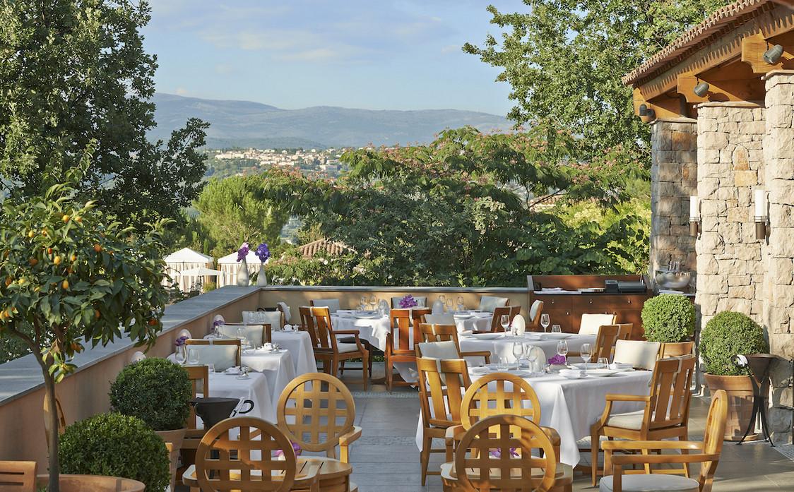 Terrasse du restaurant Le Faventia (2) - copie